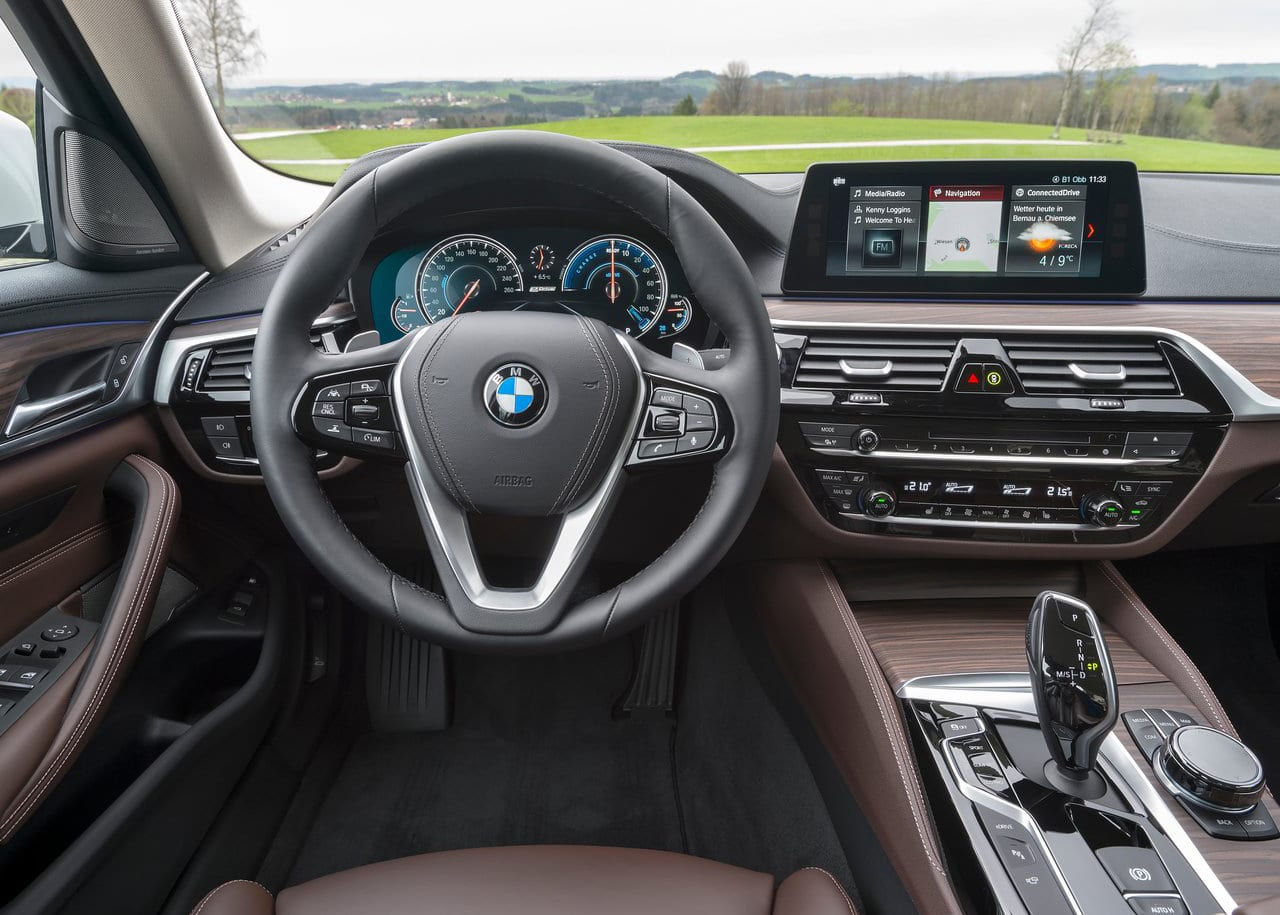 BMW 530e Interior