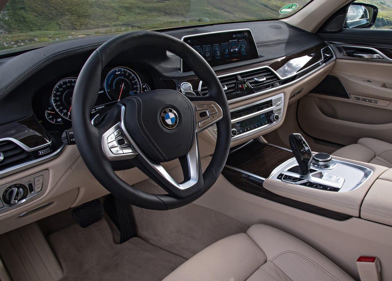 BMW 740e Interior