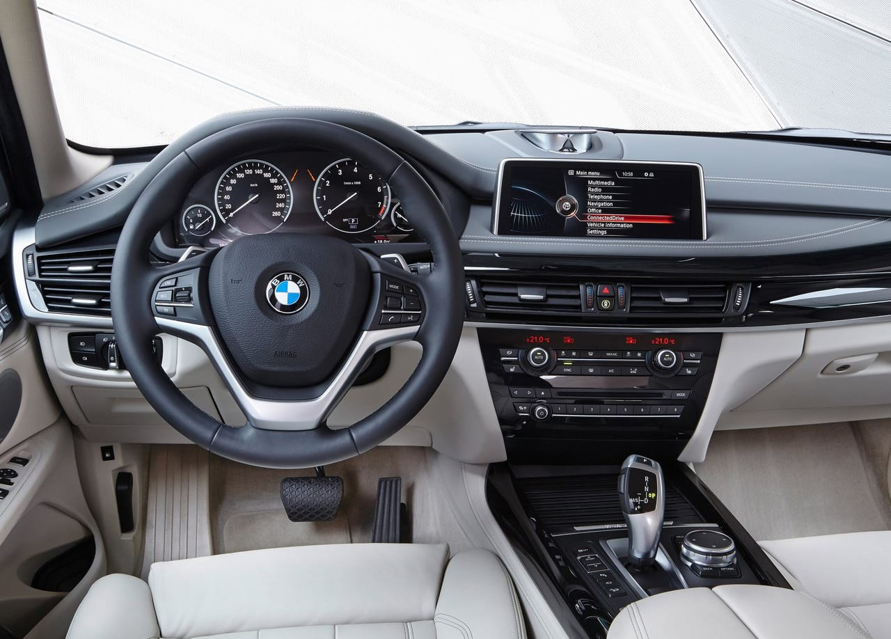 BMW X5 xDrive40e Interior