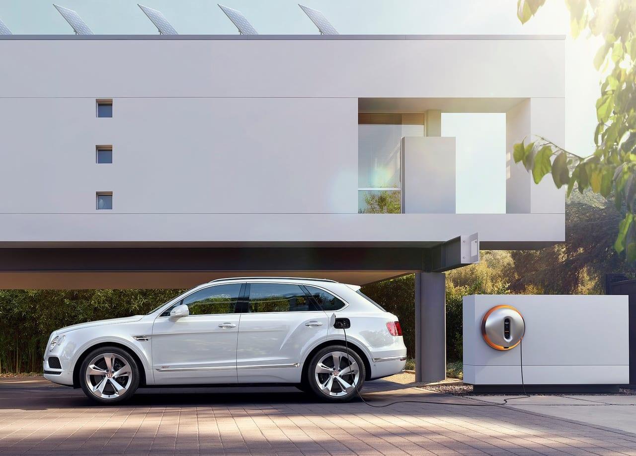 Bentley Bentayga Hybrid Exterior