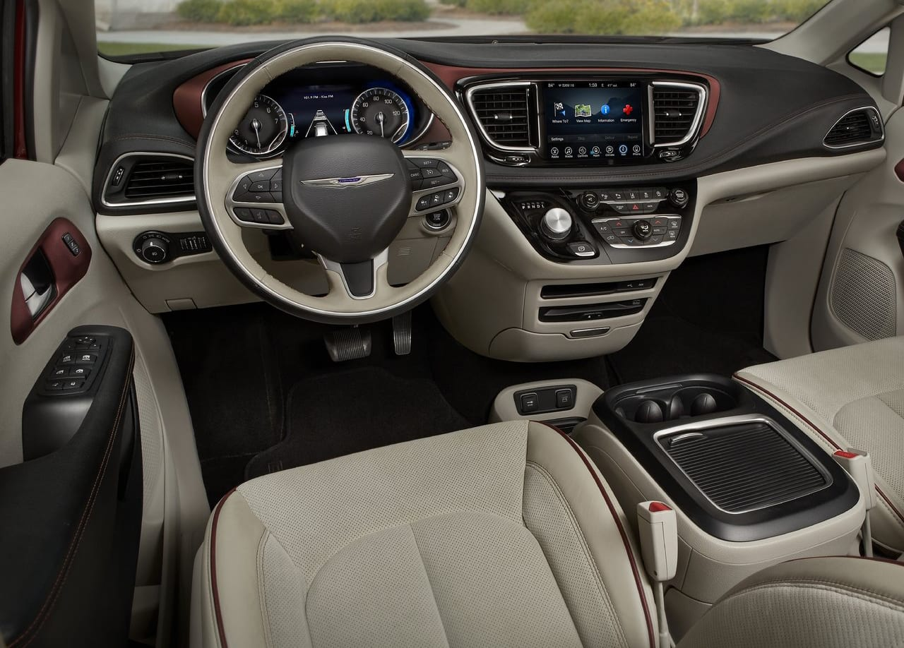 Chrysler Pacifica Hybrid Interior