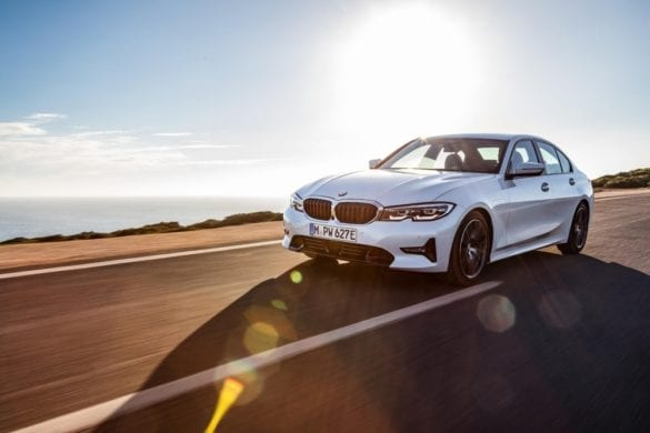 BMW Reveals Details on New 330e PHEV