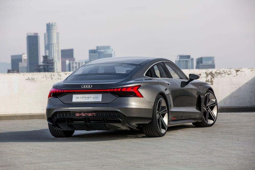 Audi-e-tron-GT 7