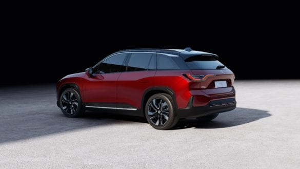 NIO ES6 Unveiled with 300 Mile Range and More Affordable Price