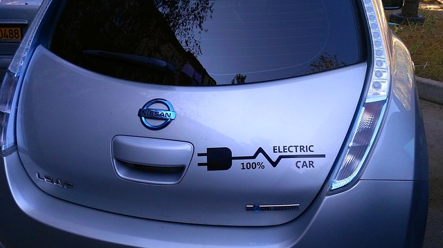 electric cars better than conventional vehicles compared gas vehicles