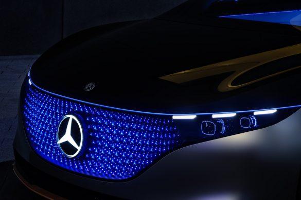 Sleek Mercedes EQS Electric Sedan Concept with 435 Miles Range Revealed